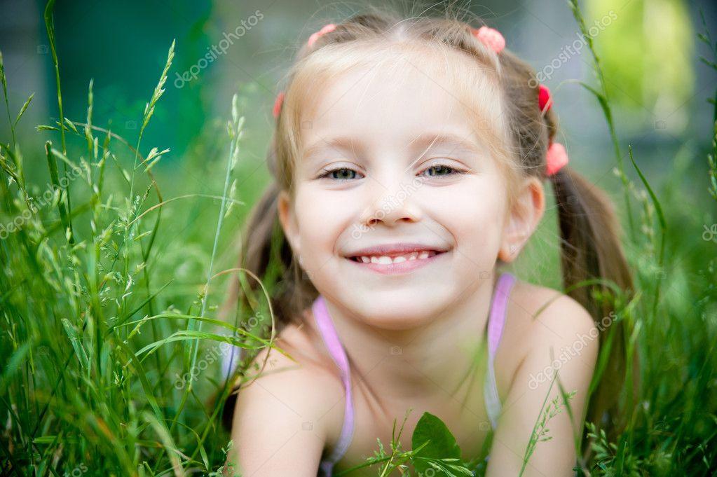 Sweet Baby Girl Wallpaper Hd Little Girl Smiling Stock Photo 169 Gekaskr 5954719