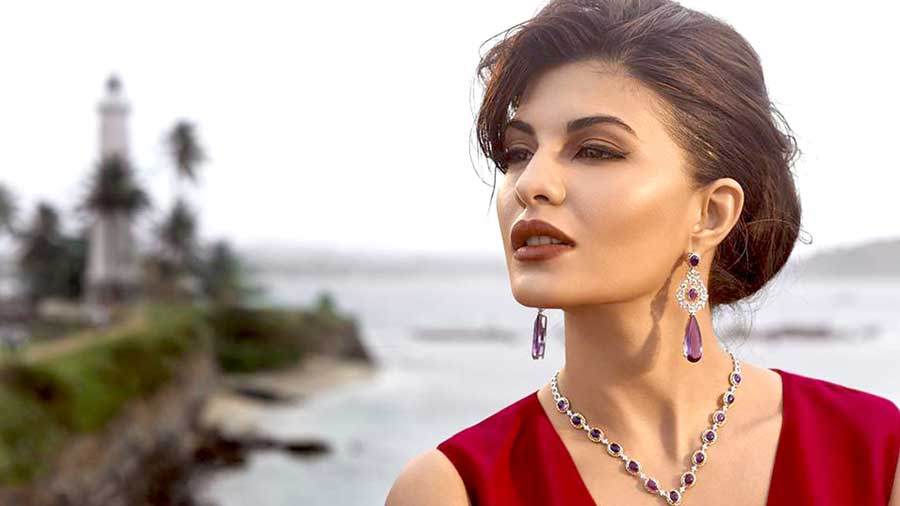 Jacklin Hd Wallpaper Jacqueline Fernandez Images Hd Wallpapers Beautiful
