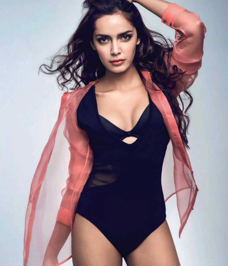 Strong Wallpapers Quotes Shazahn Padamsee Hot Maxim 2013 Pictures Popopics Com