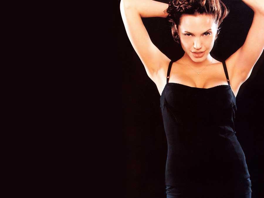 Deepika Padukone Hd Wallpapers For Iphone Angelina Jolie Hot Cleavage Images Popopics Com