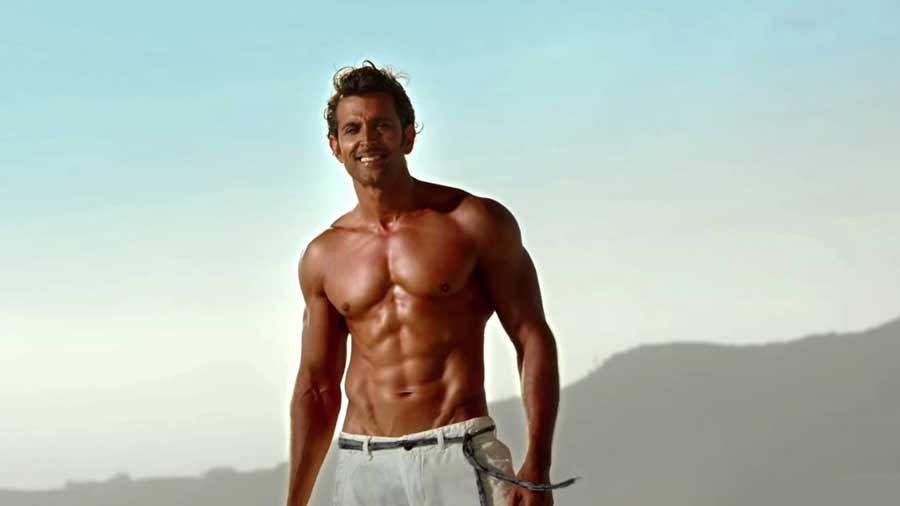 Iphone Wallpaper Movie Quotes Hrithik Roshan Awesome Abs In Bang Bang Popopics Com