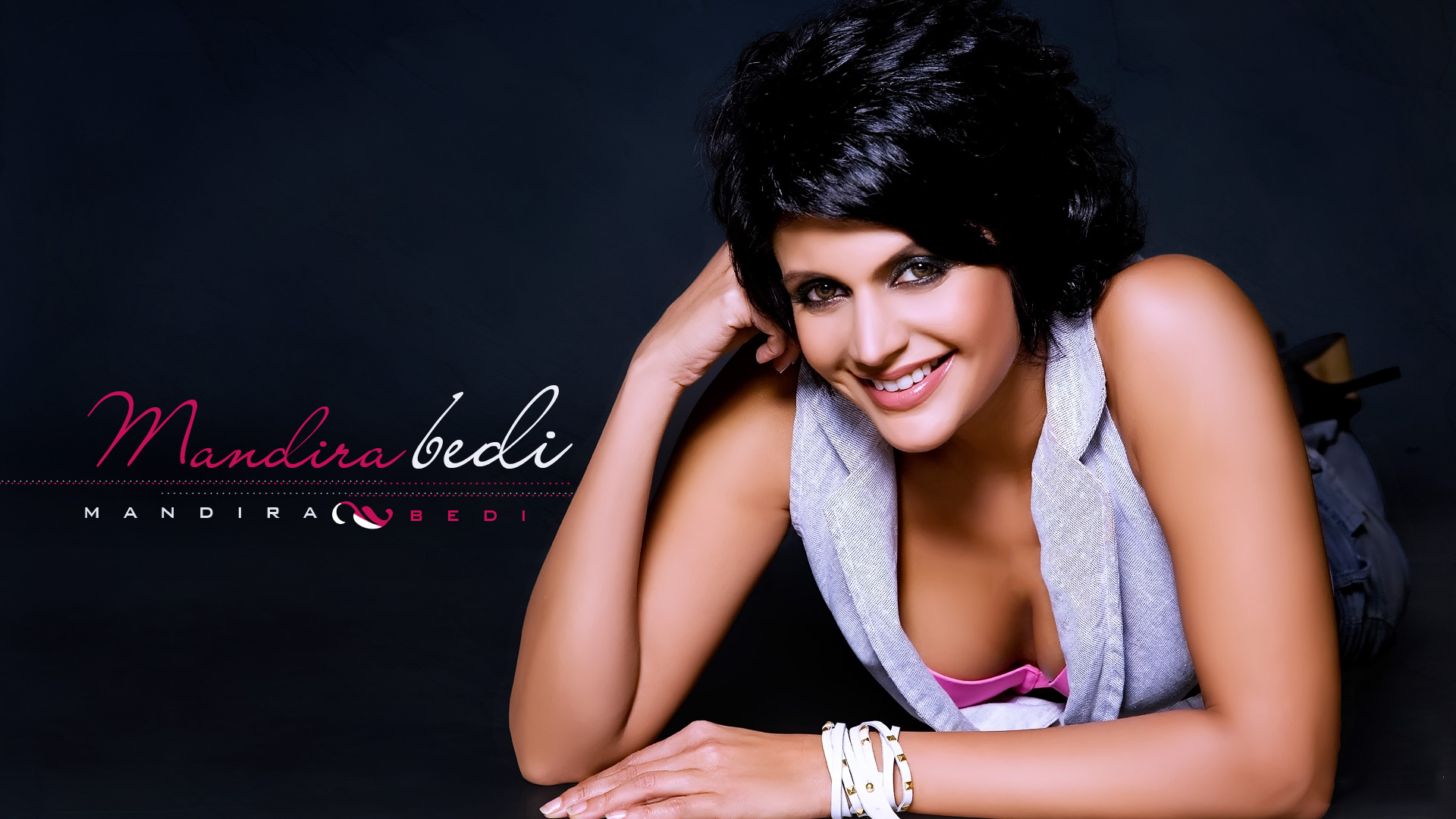Rajput Wallpaper Hd Download Mandira Bedi Hd Wallpapers Popopics Com