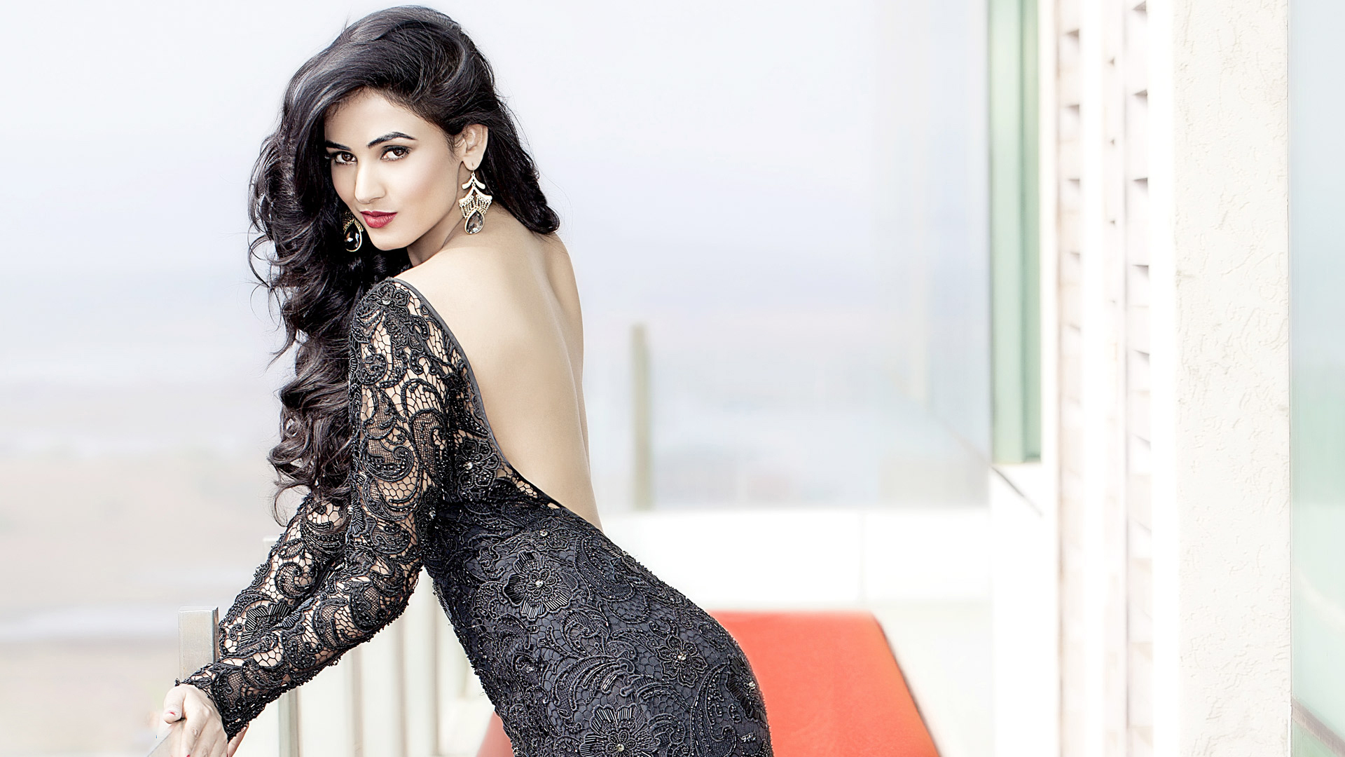 Girl Punjabi Suit Wallpaper Facebook Covers For Sonal Chauhan 13 24 Popopics Com