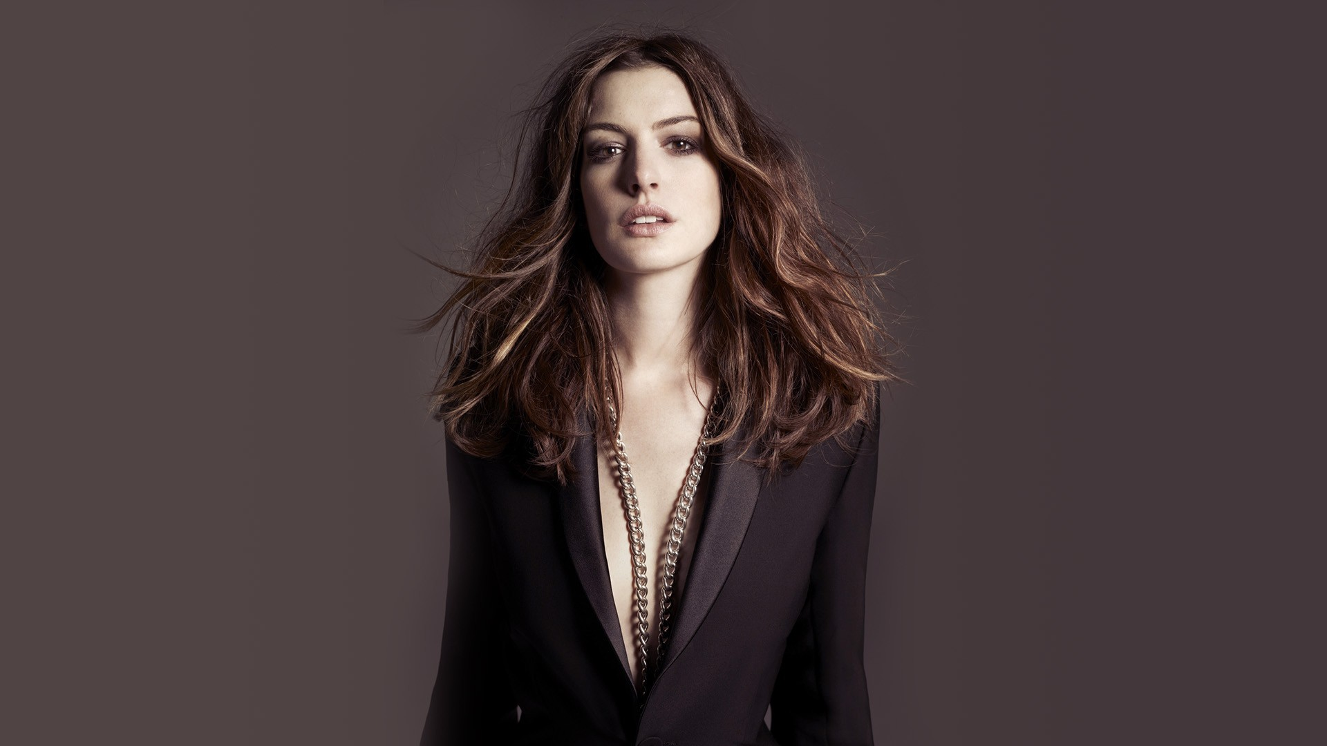 Danielle Panabaker Hd Wallpapers Anne Hathaway Hd Wallpapers Popopics Com