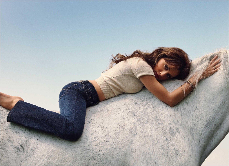 Salman Hd Wallpaper Facebook Covers For Brittany Murphy Popopics Com