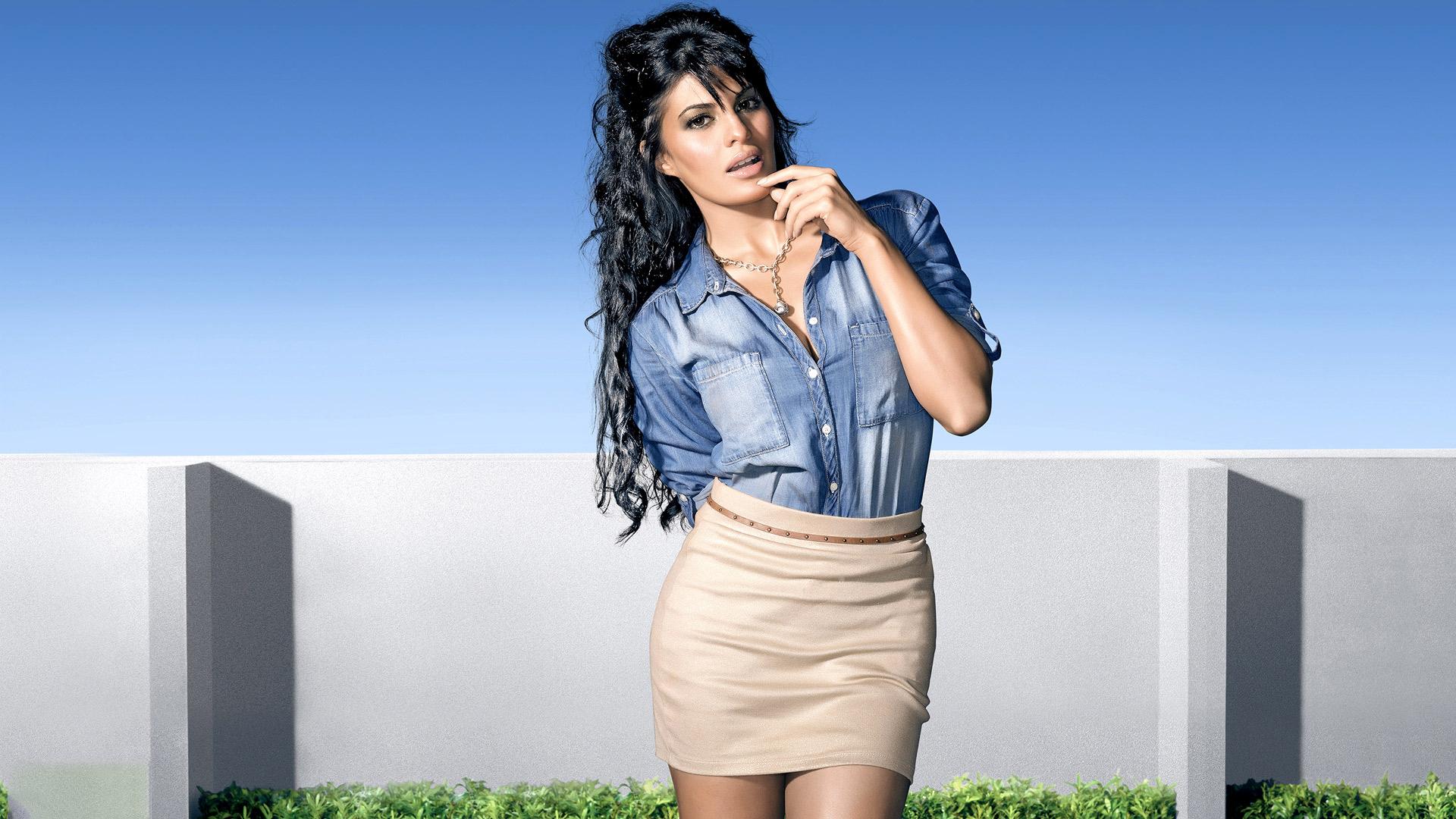 Jacqueline fernandez hot photoshoot popopics com