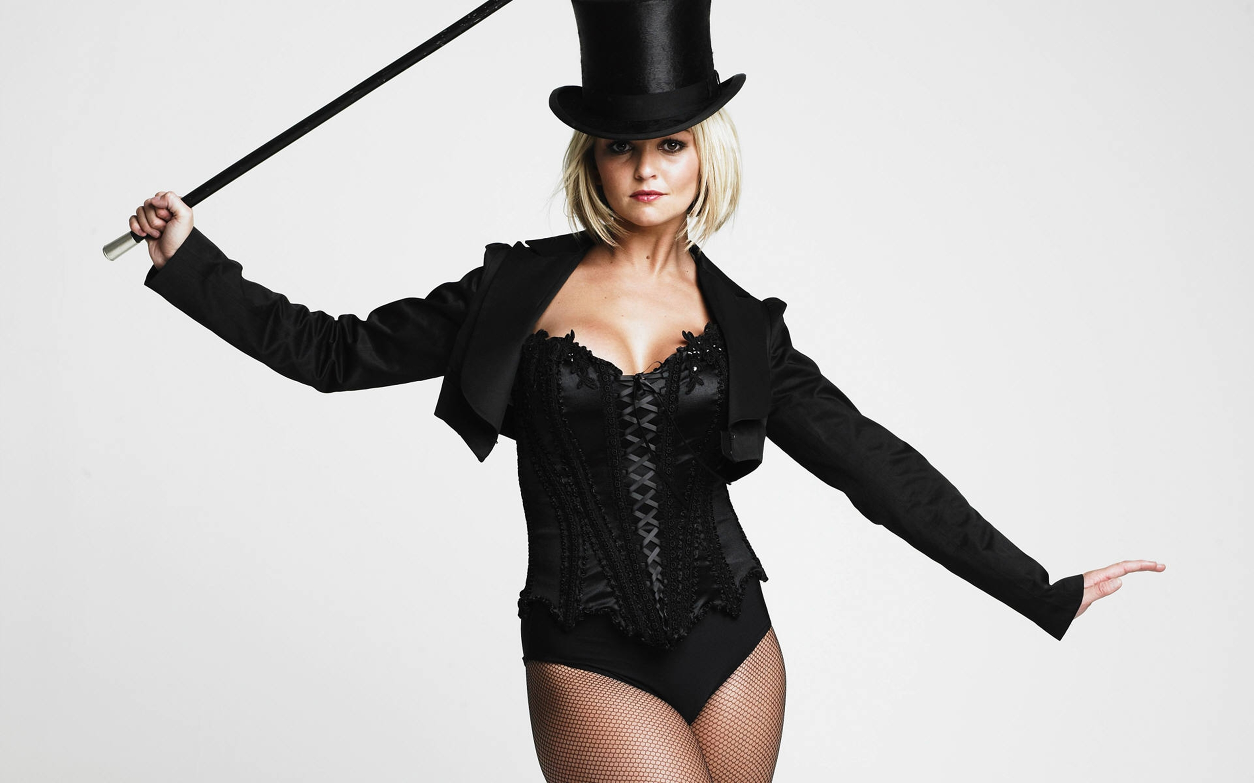 Once Upon A Time Wallpaper Iphone Jennifer Ellison Sexy Images Popopics Com