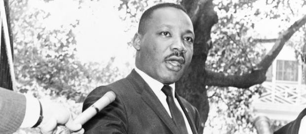 What\u0027s open Martin Luther King Day? Banks, post office, Walmart open