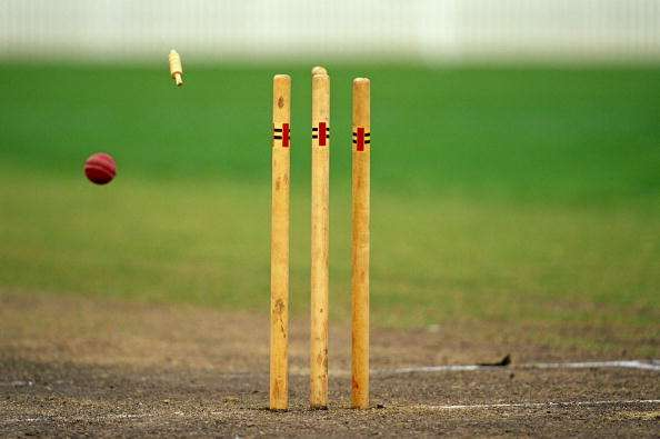 Falling Apart Wallpaper 5 Instances When The Ball Hit The Stumps But The Bails