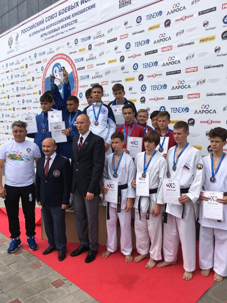 Командное «золото» каратистов клуба «Сетокан трансгаз Ставрополь» на соревнованиях в Анапе