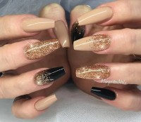 31 Snazzy New Years Eve Nail Designs - crazyforus