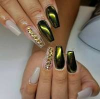 21 Trendy Metallic Nail Designs to Copy Right Now | Page 2 ...