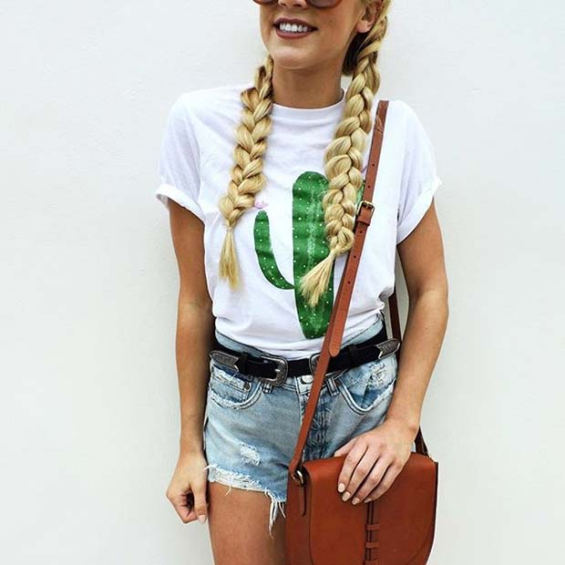 Cute Cactus T-shirt for Spring 2017 Women's Outfit Idea