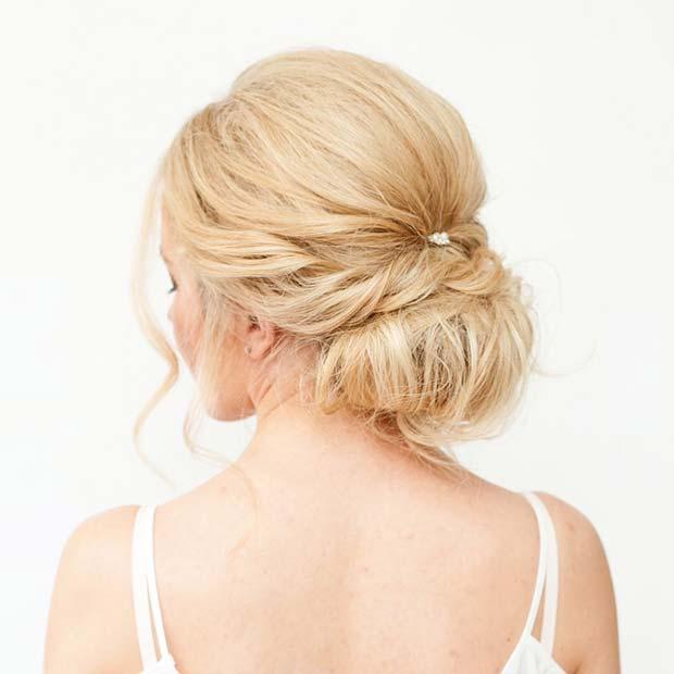 Pearl Chignon Hair Idea for Prom