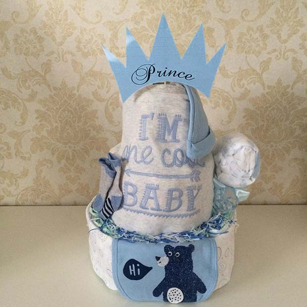 Diaper Cake Gift Idea for Boy's Baby Shower