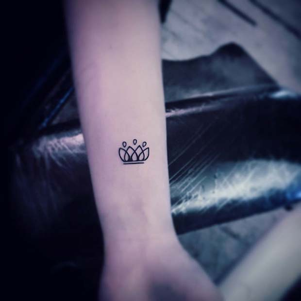 Small Black Ink Creative Crown Idea for Women