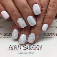 21 Elegant Nail Designs for Short Nails | StayGlam
