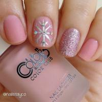 23 Latest Winter Inspired Nail Art Ideas | StayGlam