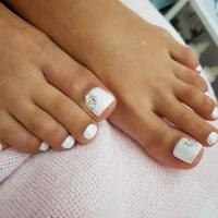 21 Elegant Toe Nail Designs for Spring and Summer | StayGlam