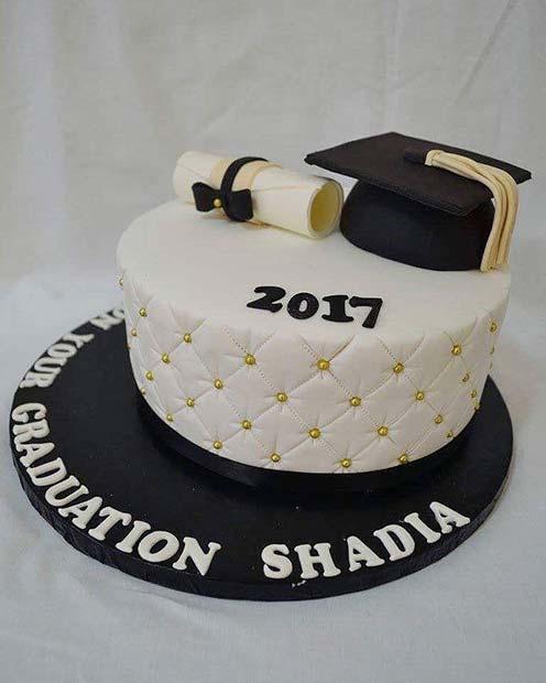 Graduation Theme Cake