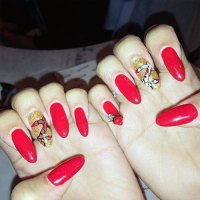 Zendaya Nails   Steal Her Style