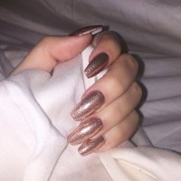 Khloe Kardashian Pewter Glitter Nails | Steal Her Style