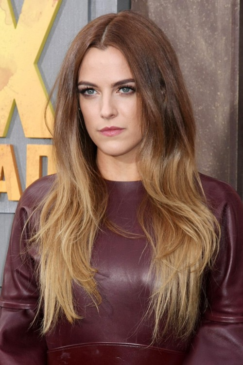 Tcl 49 Riley Keough's Hairstyles & Hair Colors | Steal Her Style