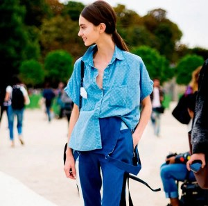jeans-on-blue