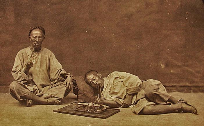 chinese-opium-smokers