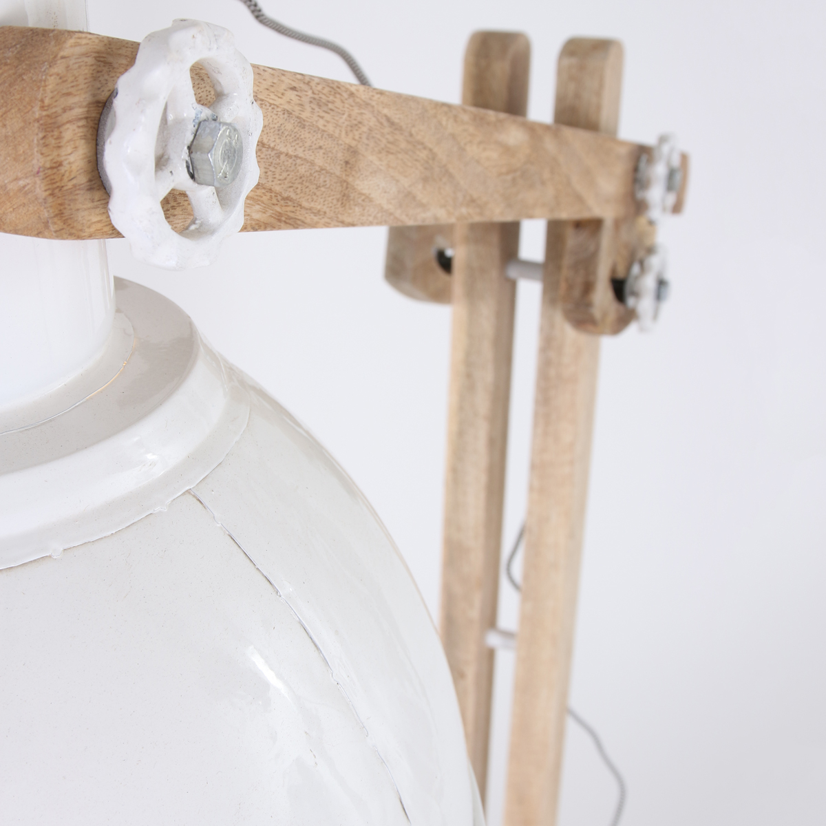 Stehlampe Aus Holz Hops Industrie Lampe Holz Weiß Stehlampen Online