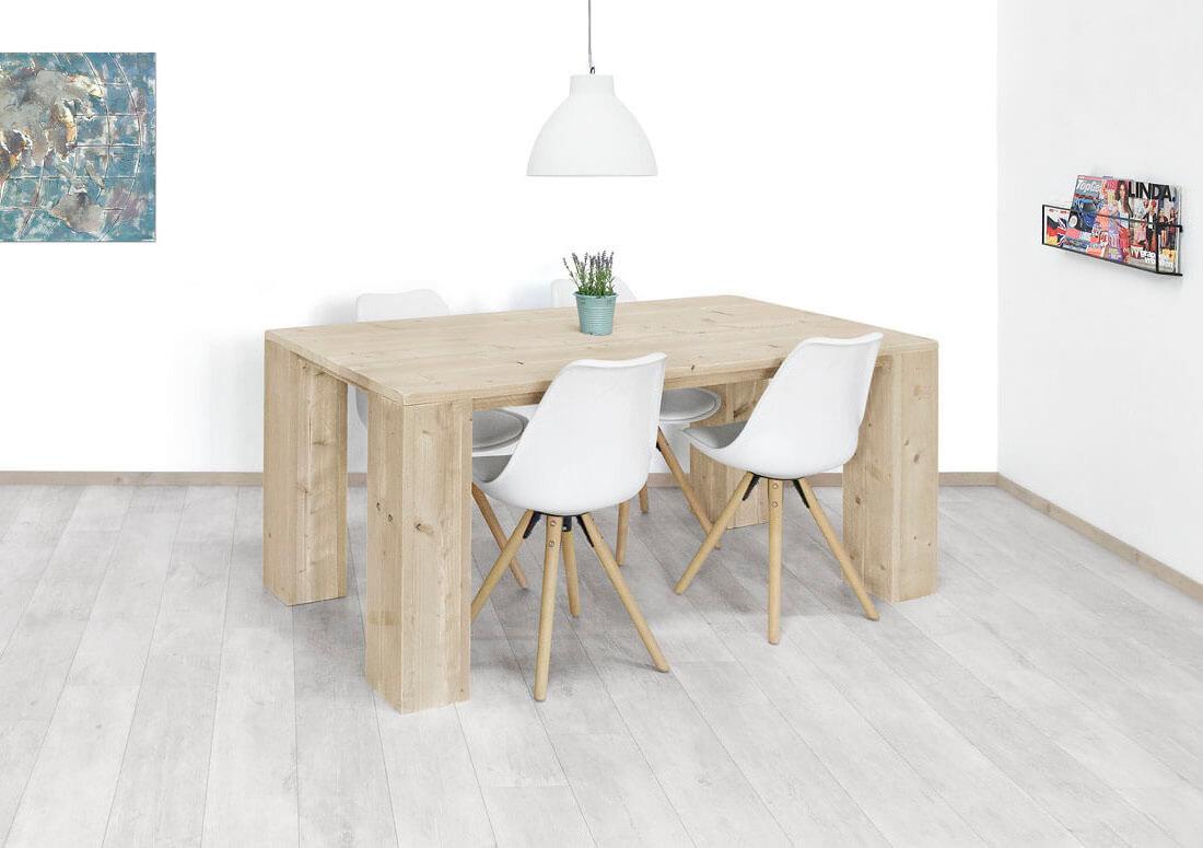 Steigerhouten ovale tafel met dubbele steigerhout kruispoot