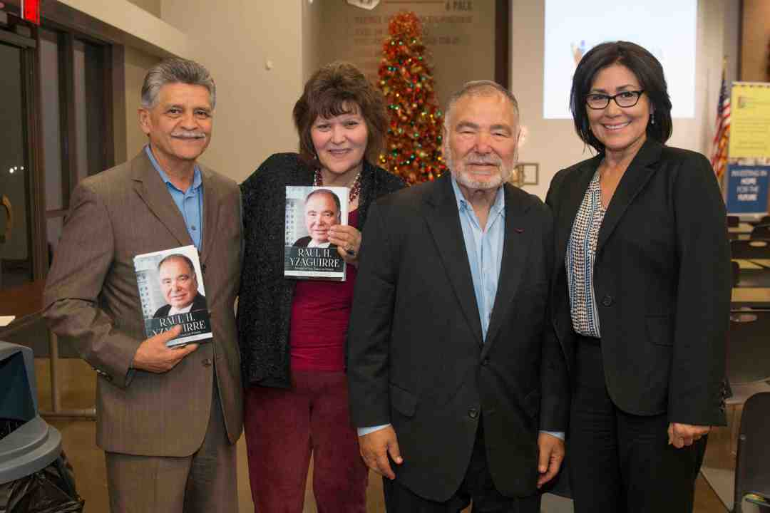 x Raul Yzaguirre Book signing Photo by Phil Soto 666