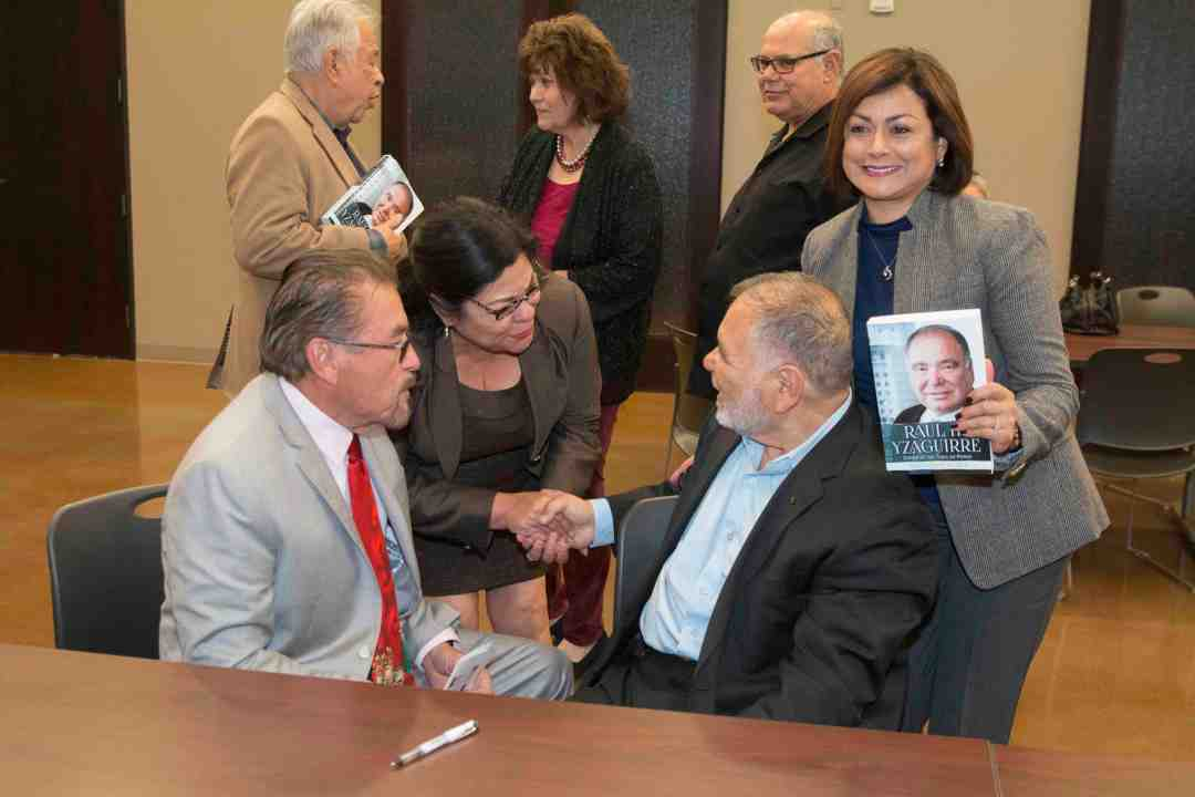x Raul Yzaguirre Book signing Photo by Phil Soto 81