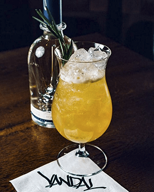NYC Cocktails: PushCartWars from Vandal