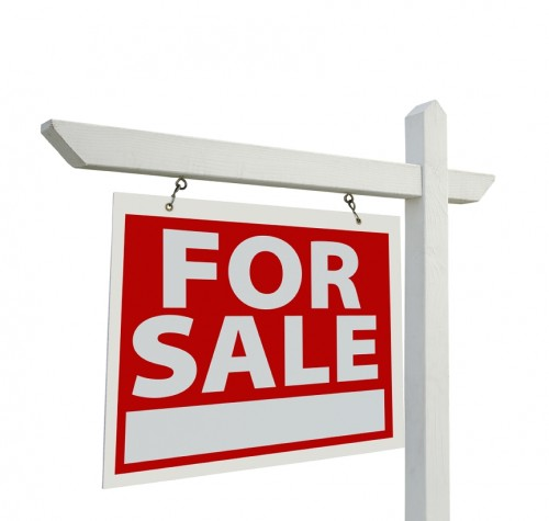 Selling a House and Tossing in the Furniture or Selling Furniture - house for sale sign template