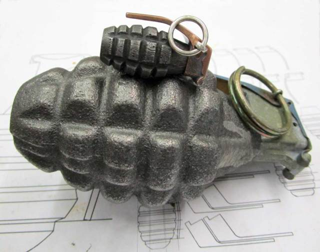 WWII_US_Grenade_Bead_30