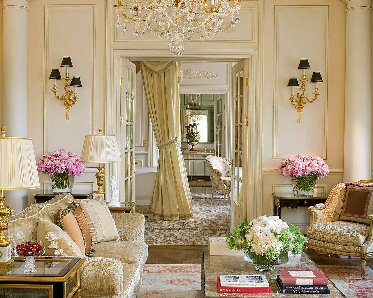 French Interior Decor Ideas For Shabby Chic Living Room Interior Design