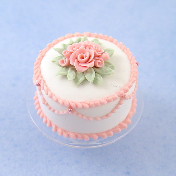 Pink 3d Wallpaper Miniature White Cake W Pink Roses On A Glass Cake Stand