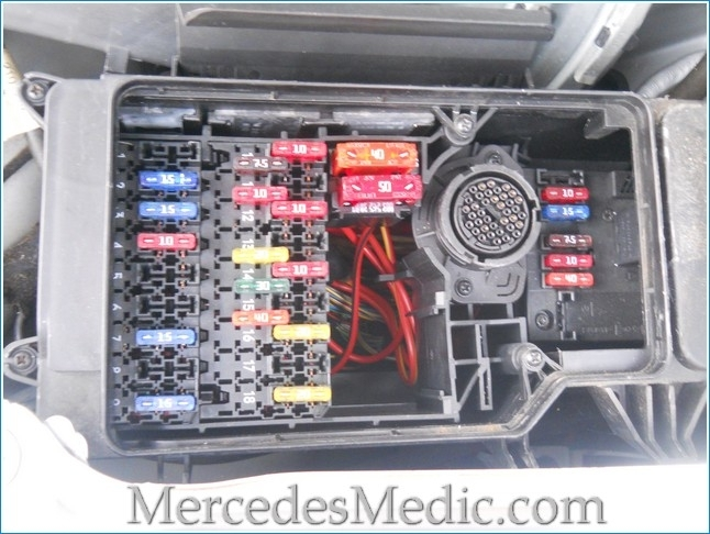 mercedes benz w210 fuse box