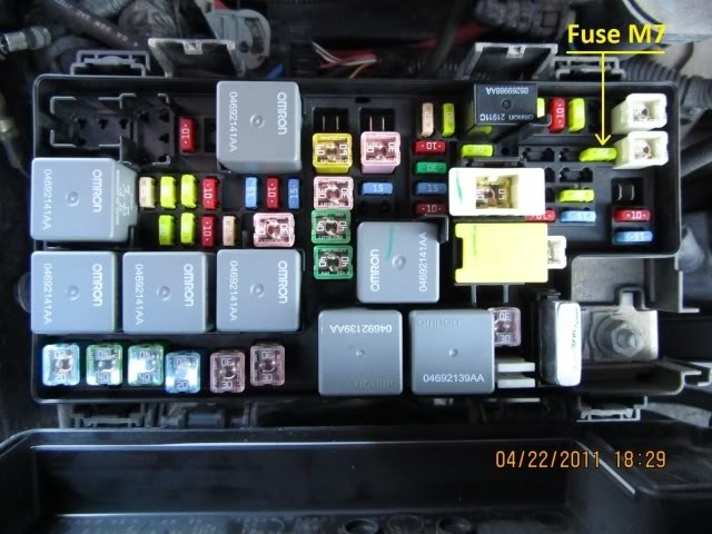2007 jeep jk fuse box diagram