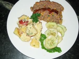 picture of meatloaf dinner