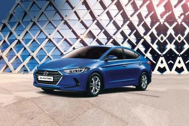 Hyundai Elantra Price (April Offers!), Images, Review  Specs