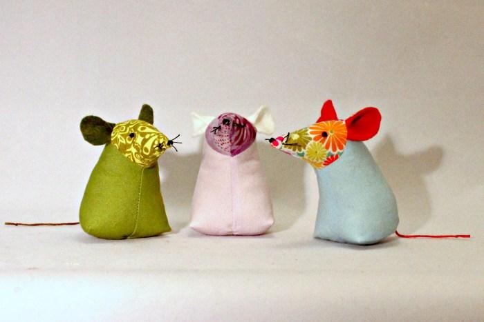 Pincushion Mice, by Stitchified