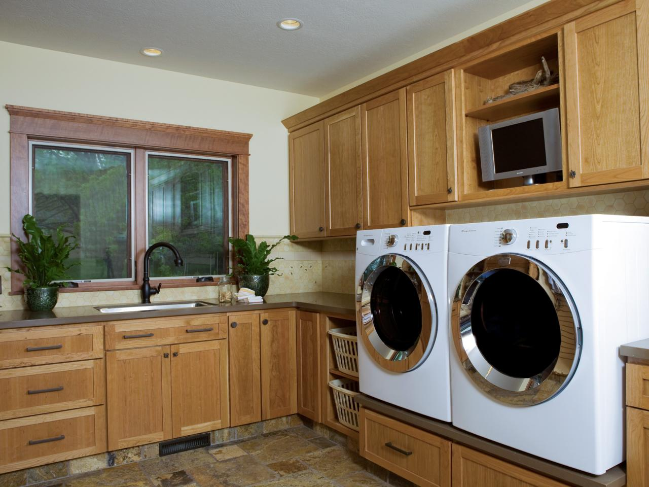 Pictures Of Laundry Rooms Things To Consider When Designing A Laundry Room