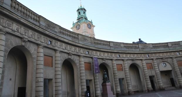 Королевский дворец в Стокгольме, посмотреть, русские экскурсии