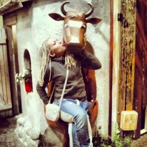 корова в Юнибакен