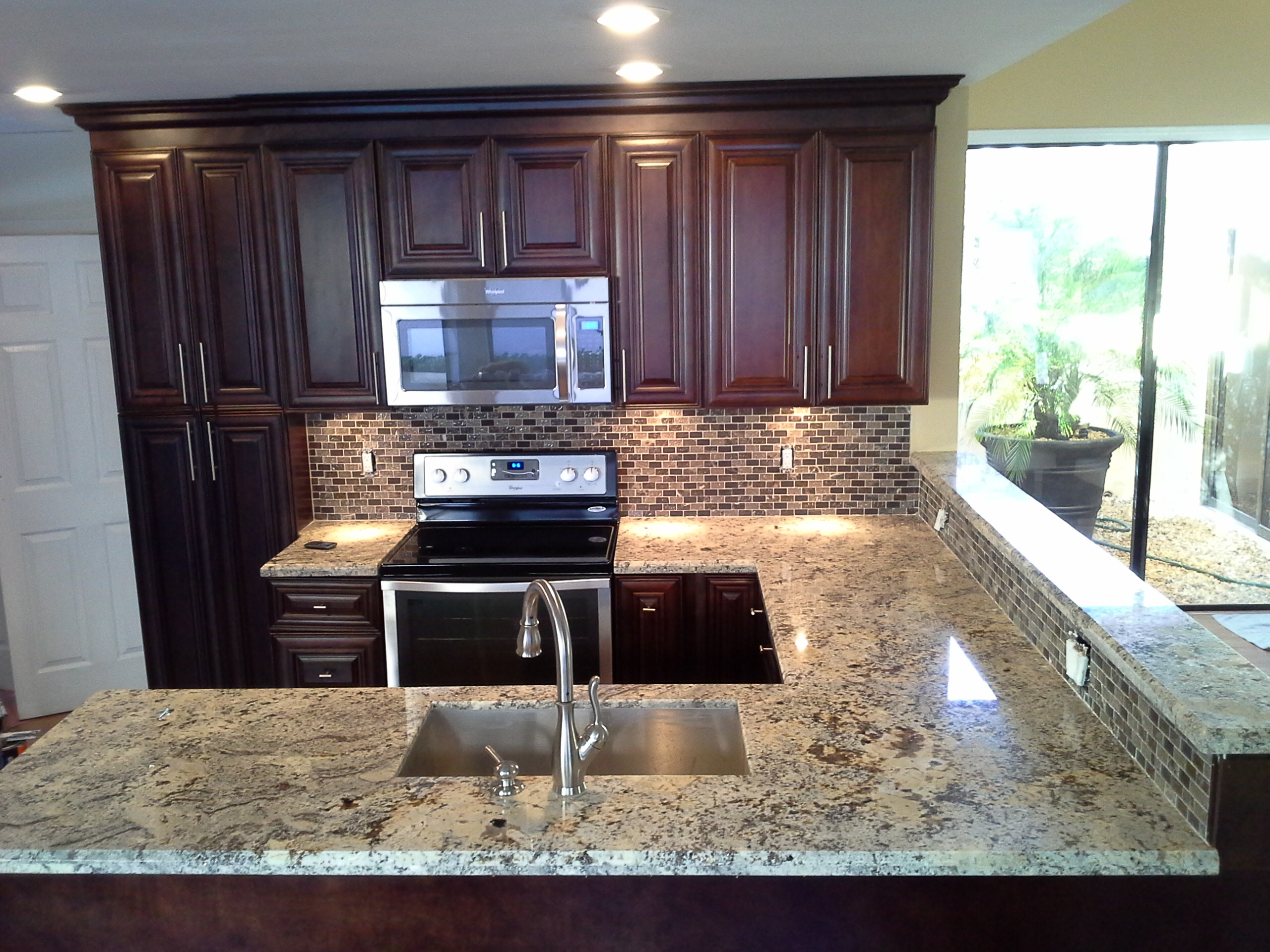 Granite Top For Kitchen Cabinets Kitchen Cabinets Wholesale | Mocha Cabinets