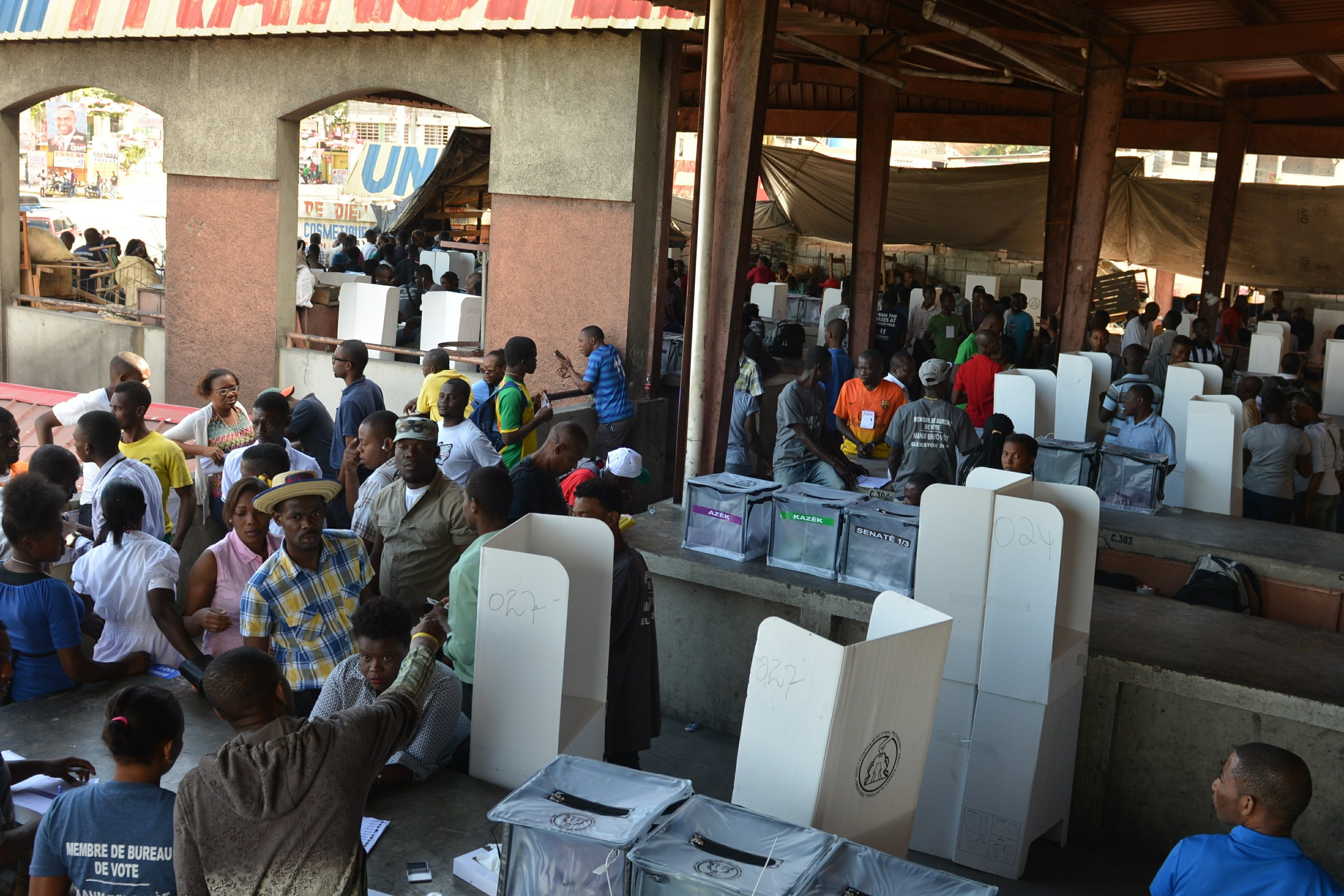 Bureau De Vote Nice Haiti Holds Final Round Of Election Cycle Started In 2015