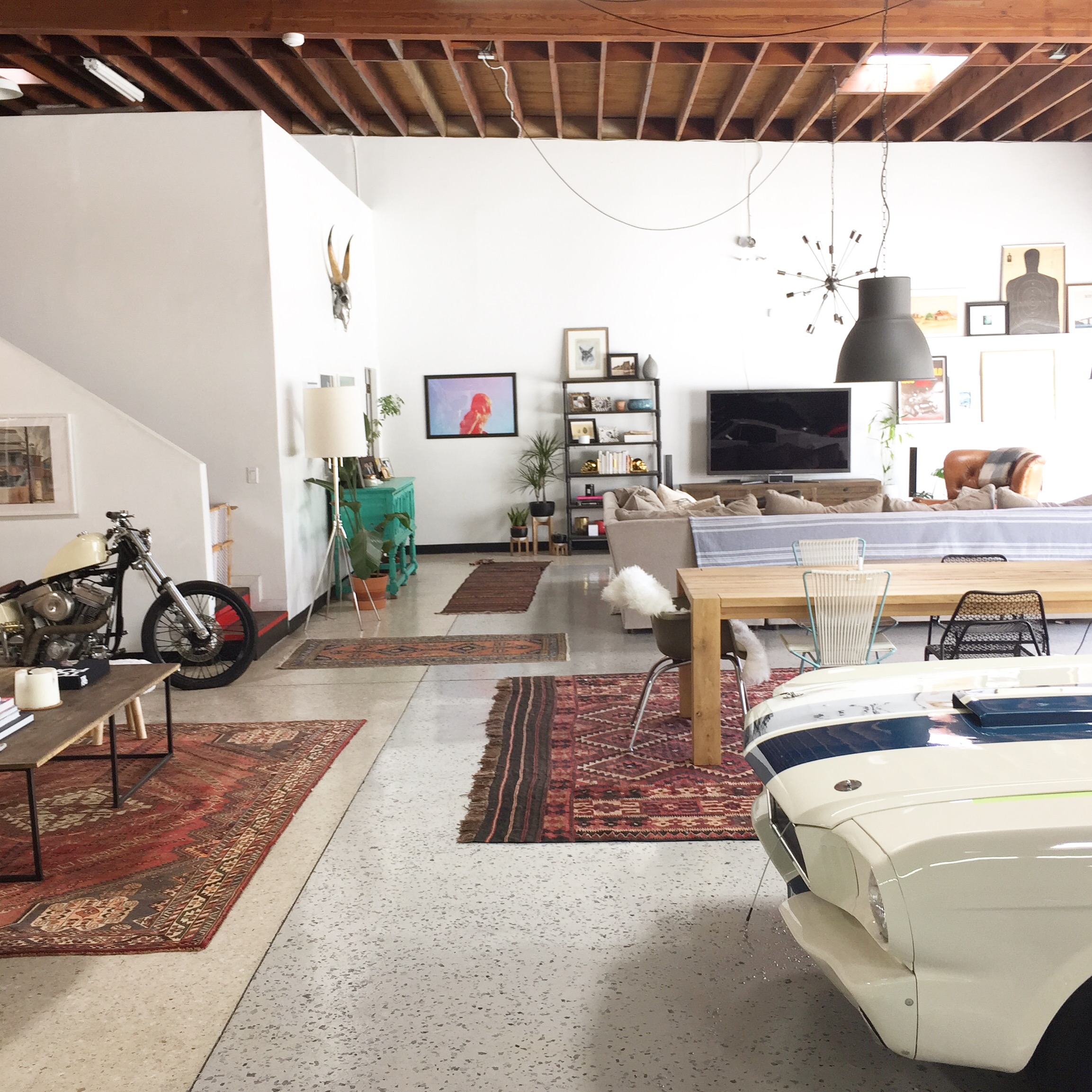 Garage Apartment Los Angeles Cohabitating With Cars An Awesome La Garage And Living Space