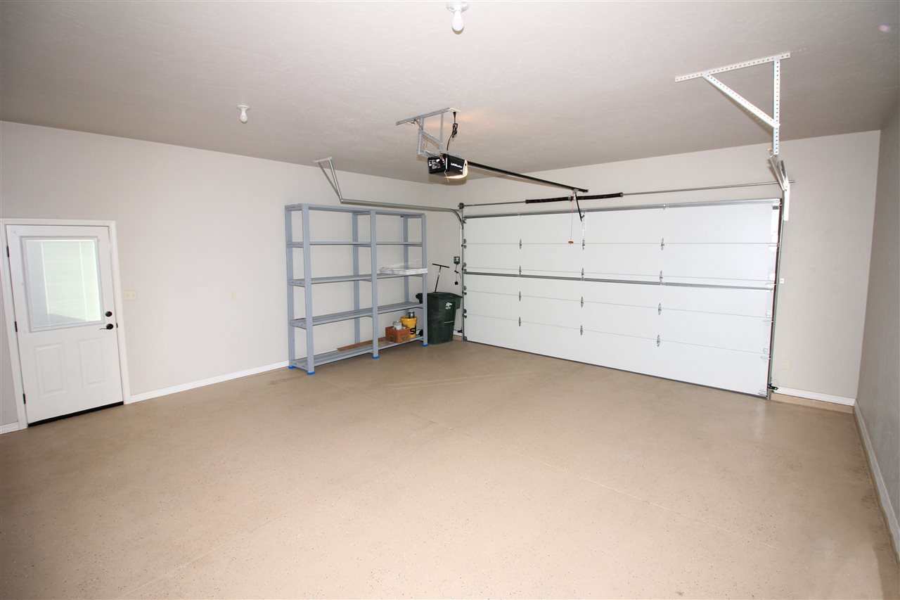 Garage Floor Epoxy Grand Junction 210 Hideaway Lane Grand Junction Co Mls 20191365 Vicki